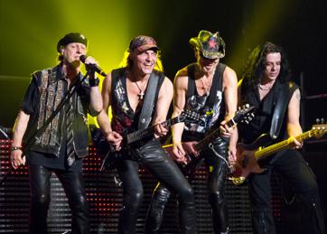 Scorpions, una sacudida como un huracán